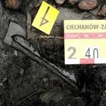 Badania archeologiczne w 2008 r. Topór ciesielski datowany na 1290 r.